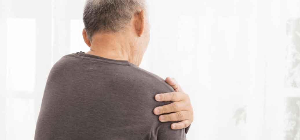 Shoulder stem cell treatment